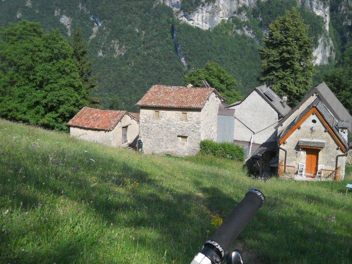 Monte aralalta via artavaggio rif nicola rif gherardi for Aggiungendo un mudroom al lato della casa